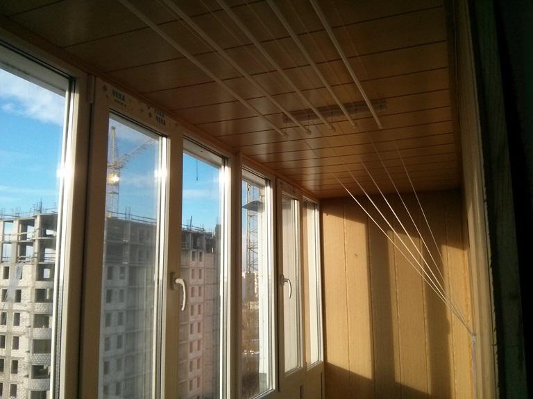 обшивка балкона вагонкой